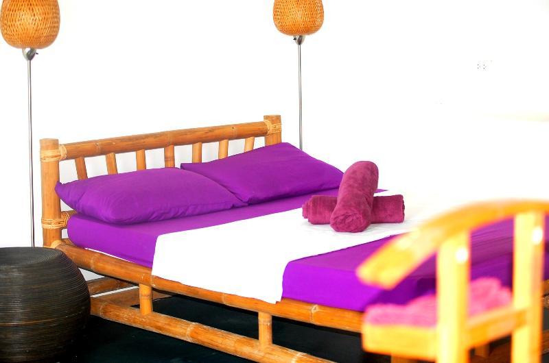 The bed arrangement