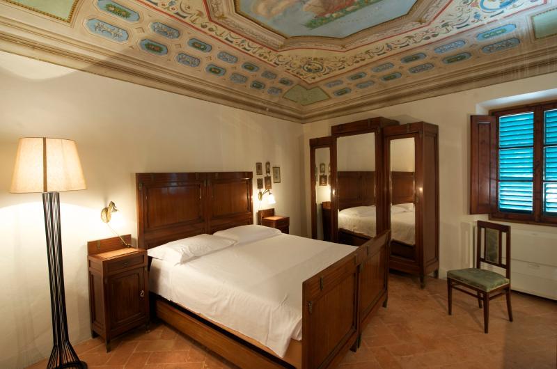 Liberty room B&B, holiday rental in Trecento