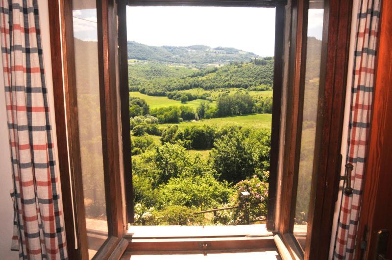 The view from the master bedroom/Vista dalla camera da letto