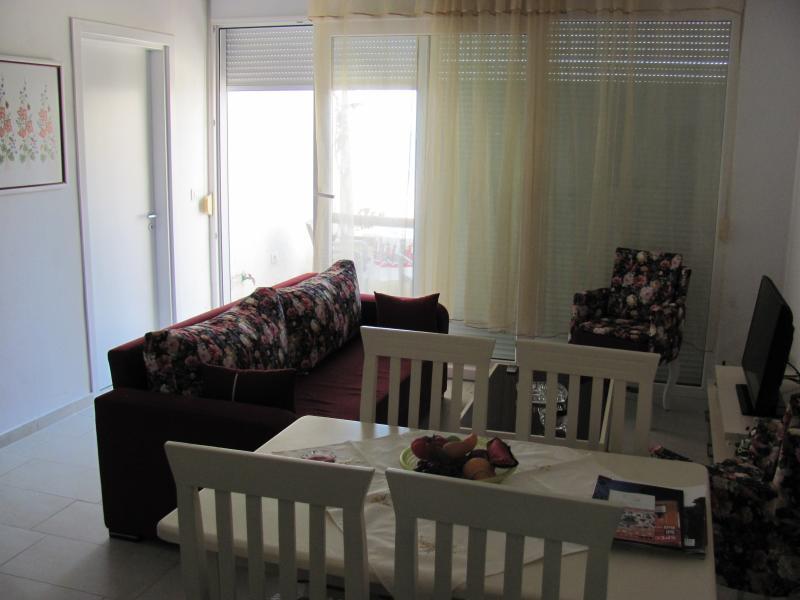 Apartment at Bougainville Bay Sarande, vacation rental in Saranda