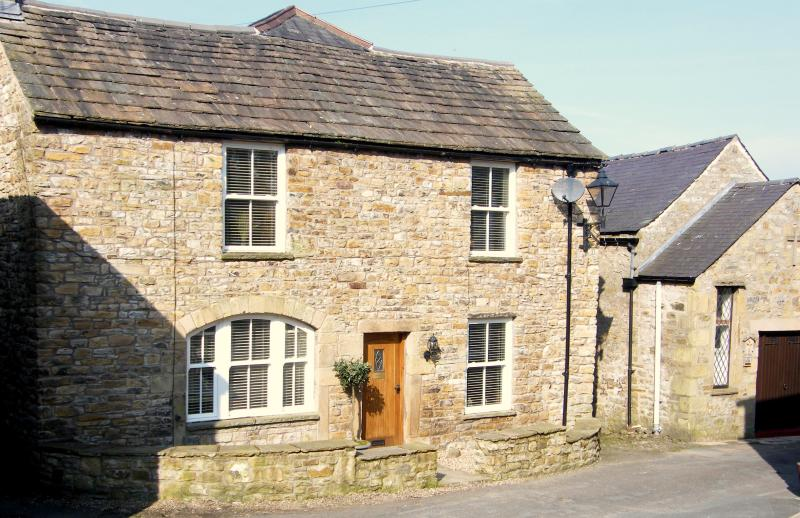 Masonic House lies in the very heart of Alston