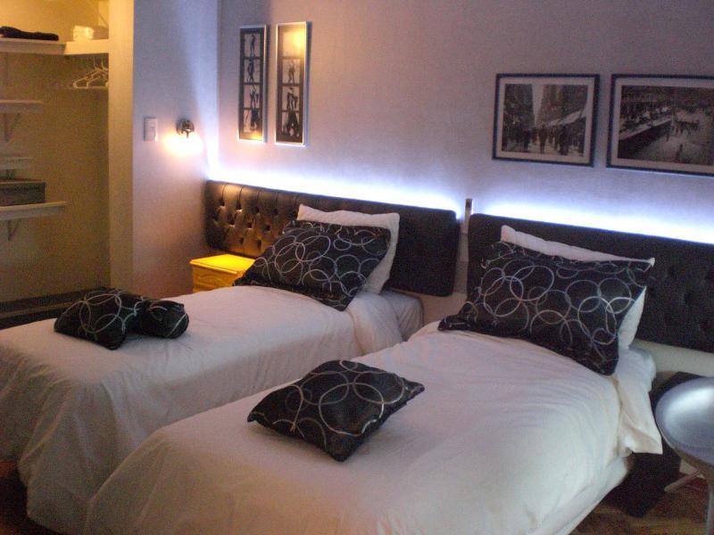 camas com fundas nórdicas ao melhor estilo europeu.