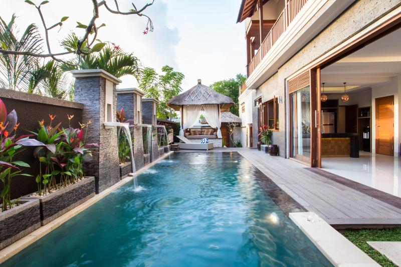Villa DK - Bali, vacation rental in Nusa Dua Peninsula