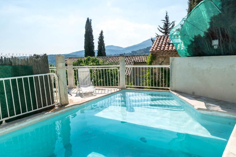 Villa Provence, Pet-Friendly Rental with Hot Tub,, holiday rental in Fayence