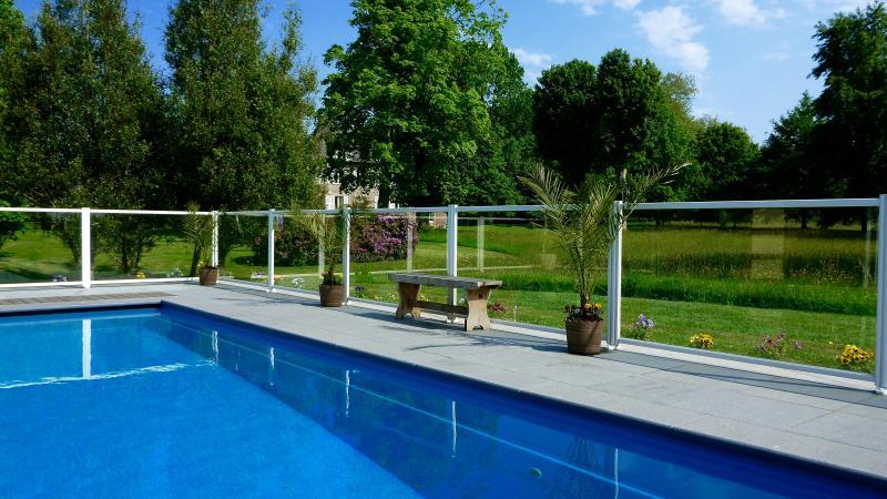 Heated Swimming Pool - 24c to 30c