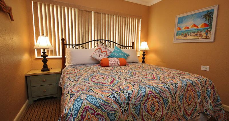 Relax in a king size bed each night of your vacation at Belleair Beach Club 201