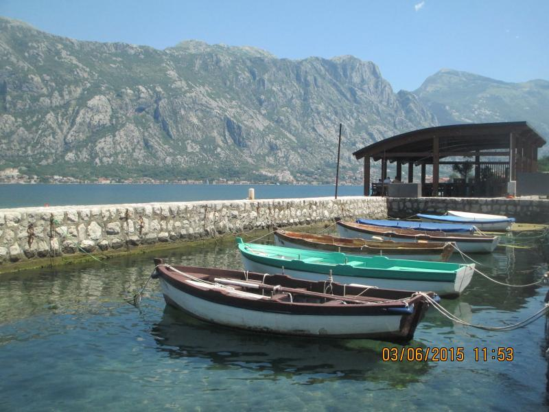 Holiday Apartment in Stoliv/Prcanj Kotor, vakantiewoning in Gemeente Kotor