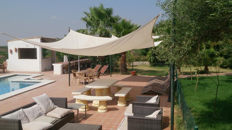 pool patio seating