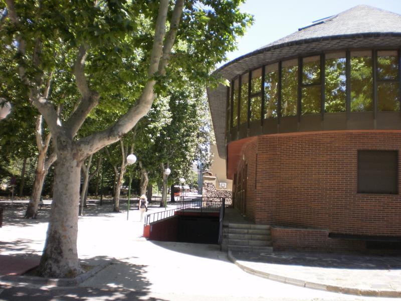 SCC-VillaMaravillas. Burgos-Centro, holiday rental in Burgos