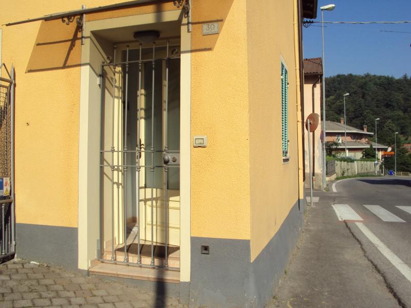 monolocale zona pedemontana, location de vacances à Valdieri