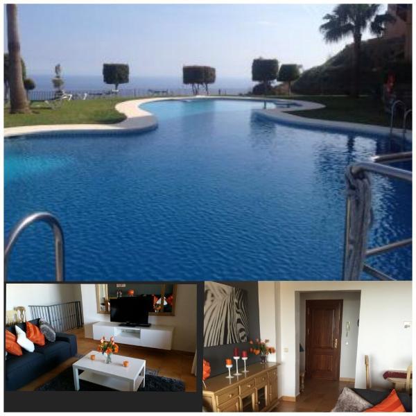 Pool/ lounge