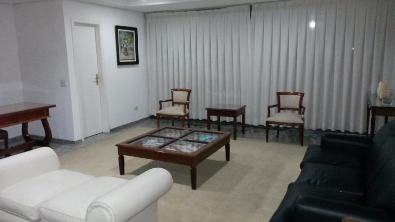 sala de recepção do condominio