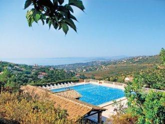 pierre et vacances restanques  st  tropez, holiday rental in Le Dramont