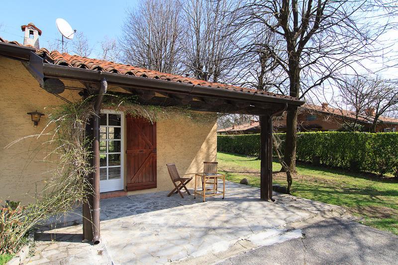 deliziosa casa vicino al golf dell'Albenza, location de vacances à Villa D'Adda