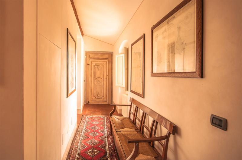 B&B Podere la Rondine - Family room Balestruccio, vacation rental in Prato