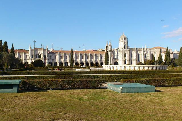Jeronimos Monastery is only in 7 min. walking distance