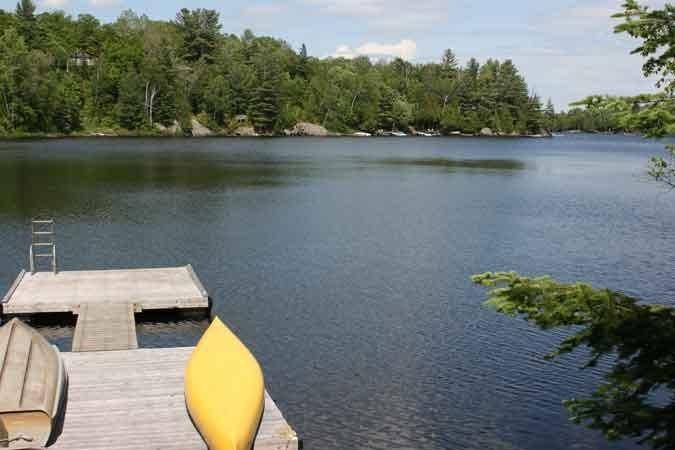 beautiful Whitestone Lake is warm for smimming, great for fishing with 42 km perimiter
