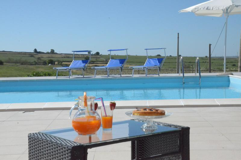 CAMPAGNE IBLEE vacanze con piscina, holiday rental in Ragusa