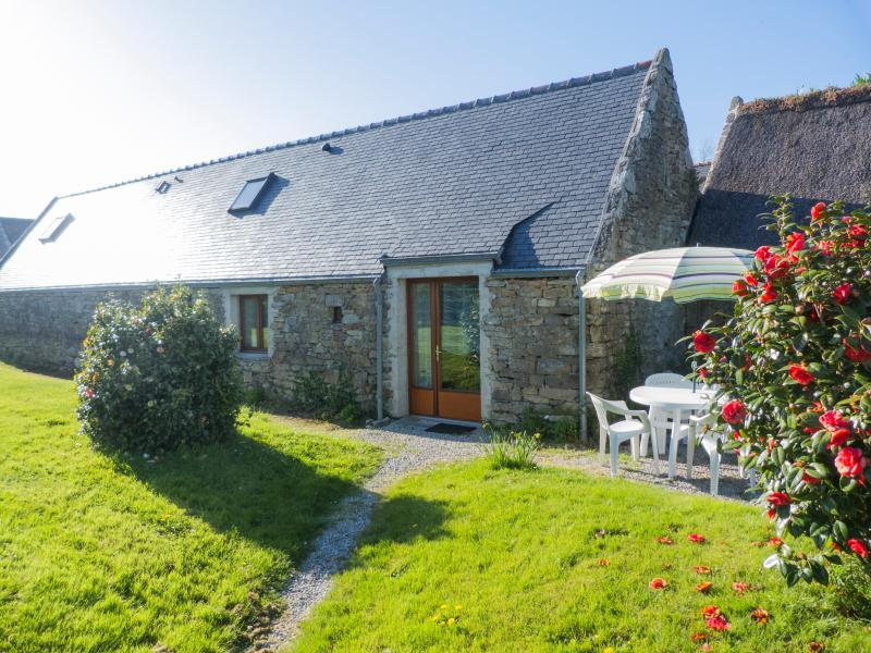 Ty-bihan, penty (small house in breton) of bungalow and charming