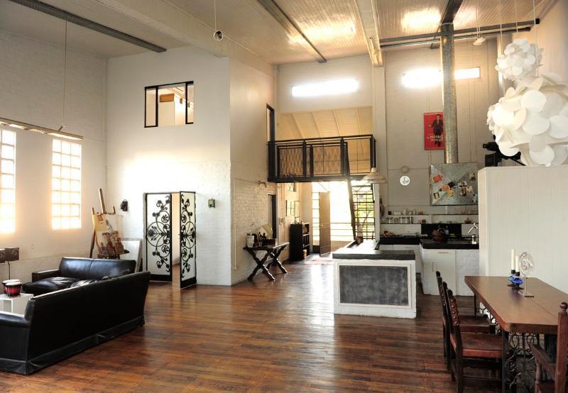 Bem-vindo ao nosso loft arty e incrível em San Telmo