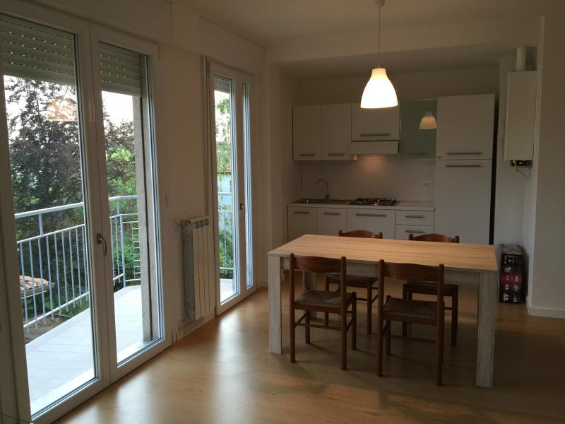 Renovated Big Flat Close To Venice 20 mins train, vacation rental in Frescada