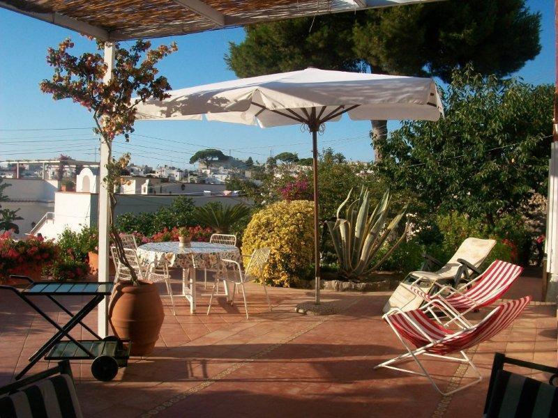 Casa Vacanze Villa Gilda stanza suite, holiday rental in Island of Capri