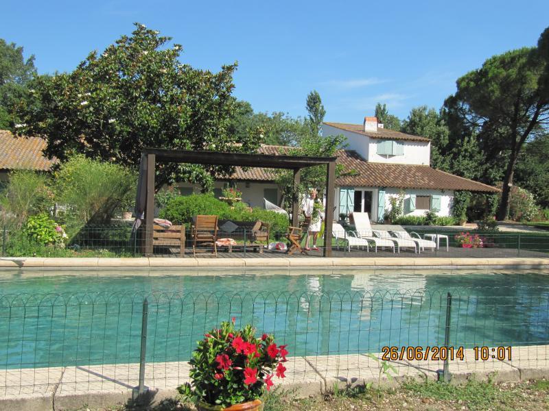 PROVENCE entre Arles et la Mer, vacation rental in Arles