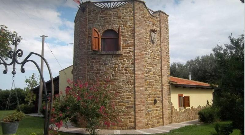 Villa Torre Accio, holiday rental in Marconia