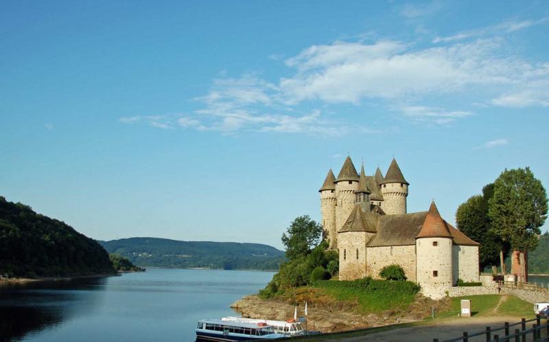 Le Chateau de Bord les Orgues