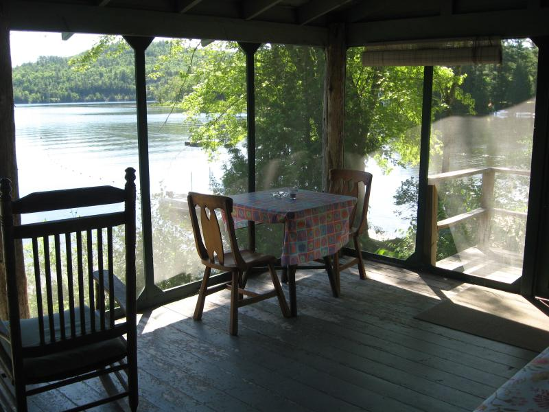 Cherrybank's lakefront screened porch