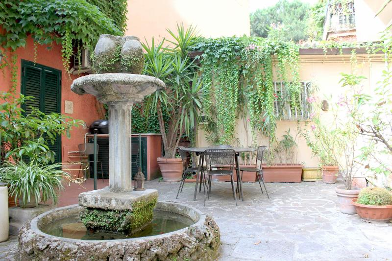 Inner courtyard garden, fountain (turned on in the evening)
