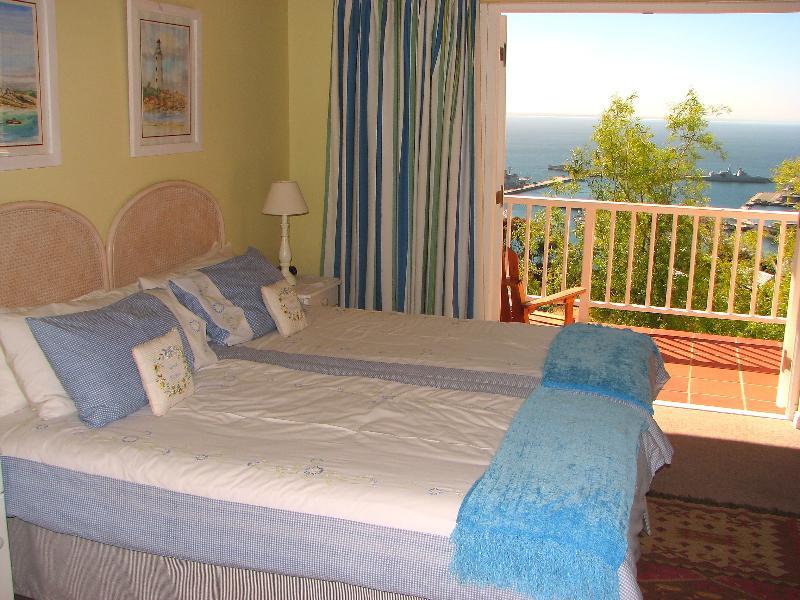 Second Room - Seaview Apartment