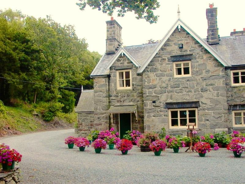 Lovely Country Cottage Snowdonia National Park, aluguéis de temporada em Dolgellau