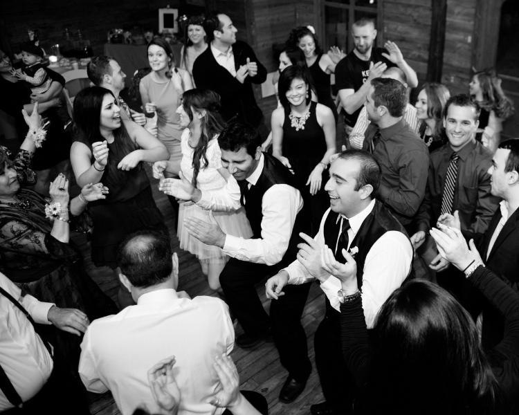 Photo taken at PRR Shady Grove weddng reception.