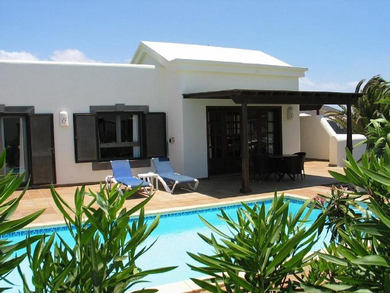 Beautiful villa and electrically heated pool