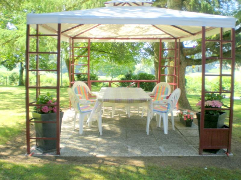 The Arbour, outside dining area