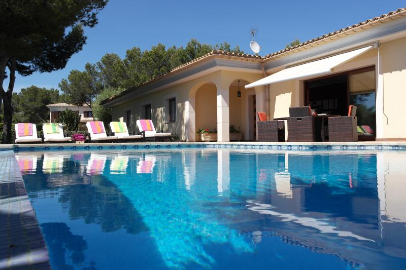 Luxurious Villa Mallorca Sol, holiday rental in Santa Ponsa