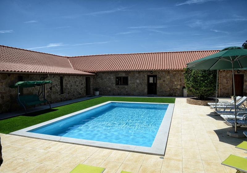 d9b9df6caaf4b Casa de Vacaciones para 17 personas con piscina privada (Celorico de ...