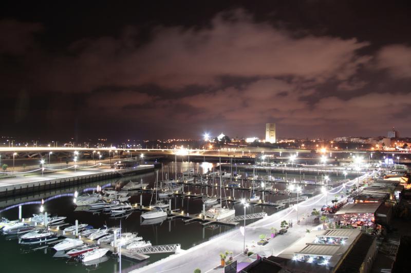 Luxurious apartment in Rabat Marina, alquiler de vacaciones en Región de Rabat-Salé-Zemur-Zaer