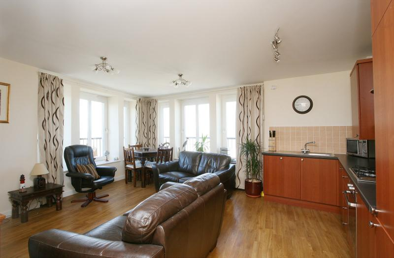 Stylish Sea view Apartment, location de vacances à Burntisland