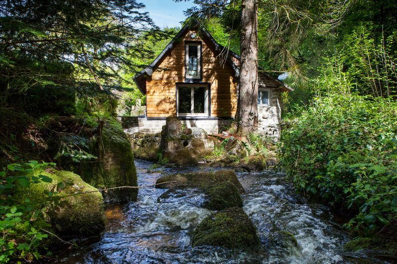 River Cottage, holiday rental in Felletin