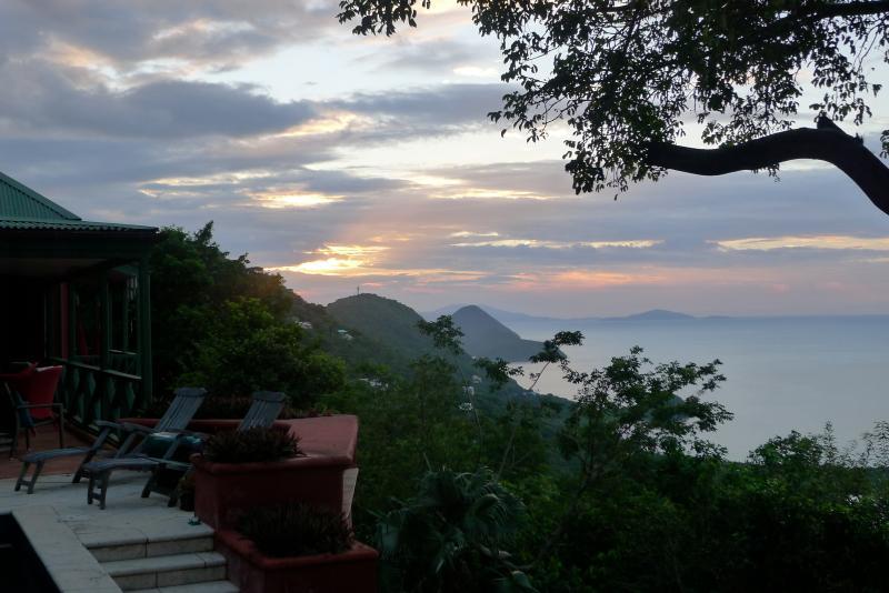 Zonsondergang in Villa Towanda