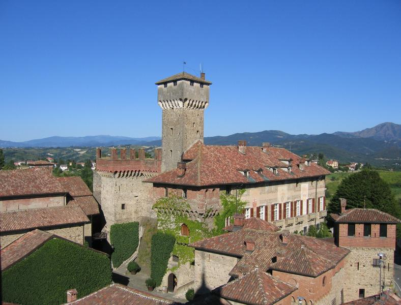 Castello di Tagliolo Guest House, holiday rental in Province of Alessandria