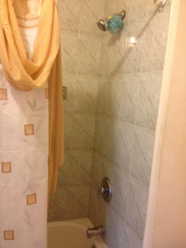 Full bathroom on the upper level