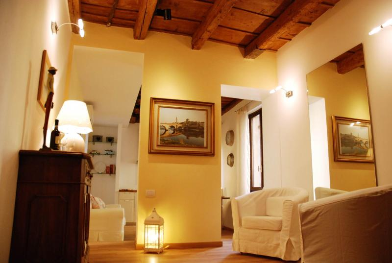 STELLA LUXURY HOME, holiday rental in Verona