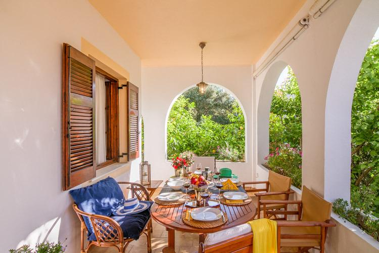 Villa Eleni (Gaios, Paxos) Sleeps 2-6, location de vacances à Gaios