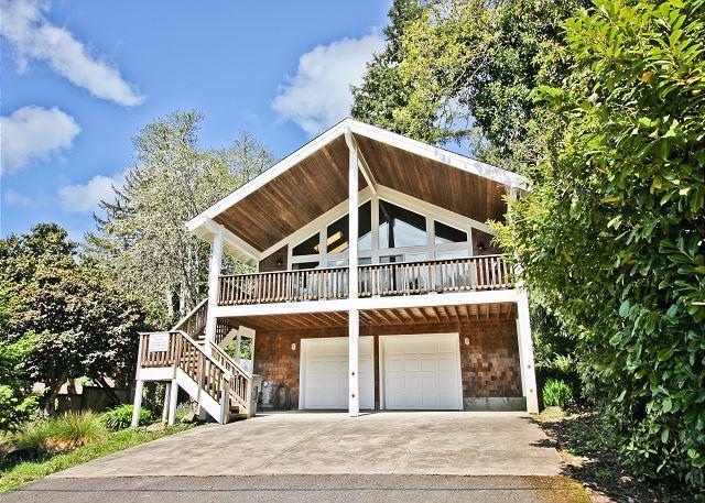 CAPTAIN'S HIDEAWAY~Perfect retreat or reunion home with a lodge like feel., location de vacances à Wheeler