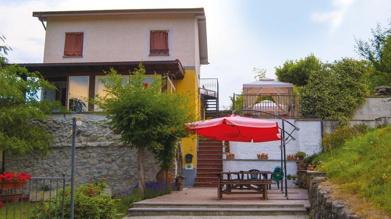 +5 +Terre +APPARTAMENTO +MONOLOCALE, vakantiewoning in Rocchetta di Vara