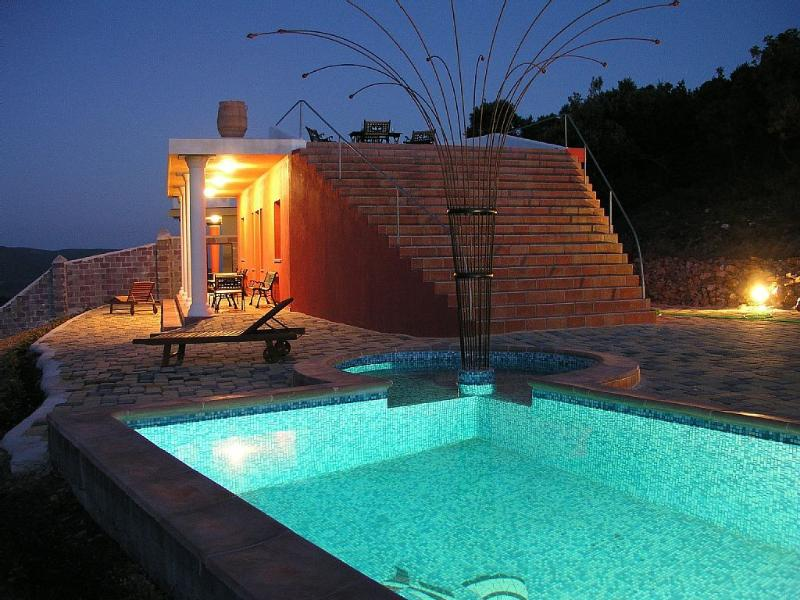 Swimming pool (10X3.5m) with hydro-massage and open air shower. Also shallow part for kids.