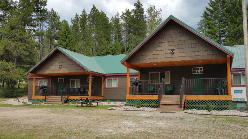 Lazy Bear Lodging casas: trucha correr, Moose Creek y la guarida del oso